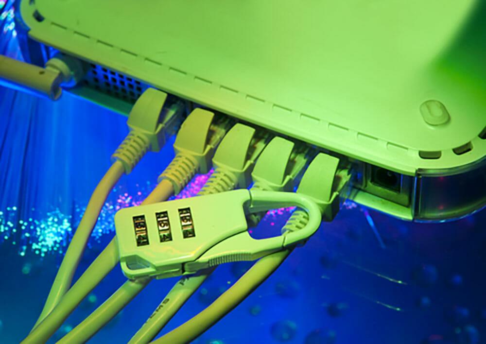 web-server-hacked2